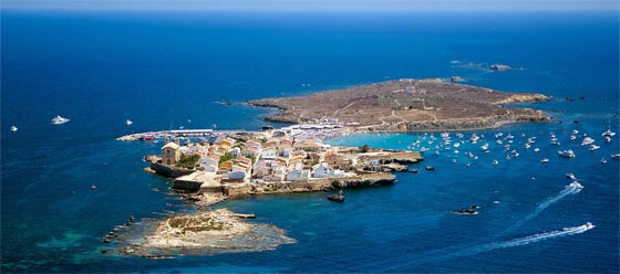 Alicante nos ofrece un viaje único a Isla Tabarca