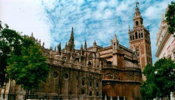 La arquitectura de Sevilla es digna de visitar